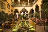 Mexican Courtyard Restaurant with Statue Queretaro Mexico — Stock Photo