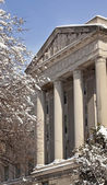 Commerce Department Statues Columns After the Snow Washington DC — Stock Photo