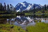 Reflection Lake Mount Shuksan Washington State — Stock Photo