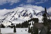 Mount Rainier Paradise Inn — Stock Photo