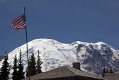Mount Rainier Sunrise July 4th with Flag — Stock Photo