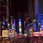 à noite de times square lightshow carros new york city skyline — Foto Stock