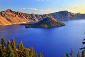 Crater Lake Reflection Blue Lake Morning Oregon — Stock Photo