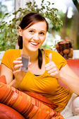 Frau mit dem handy — Stock Photo