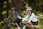 Mujeres ciclismo — Foto de Stock