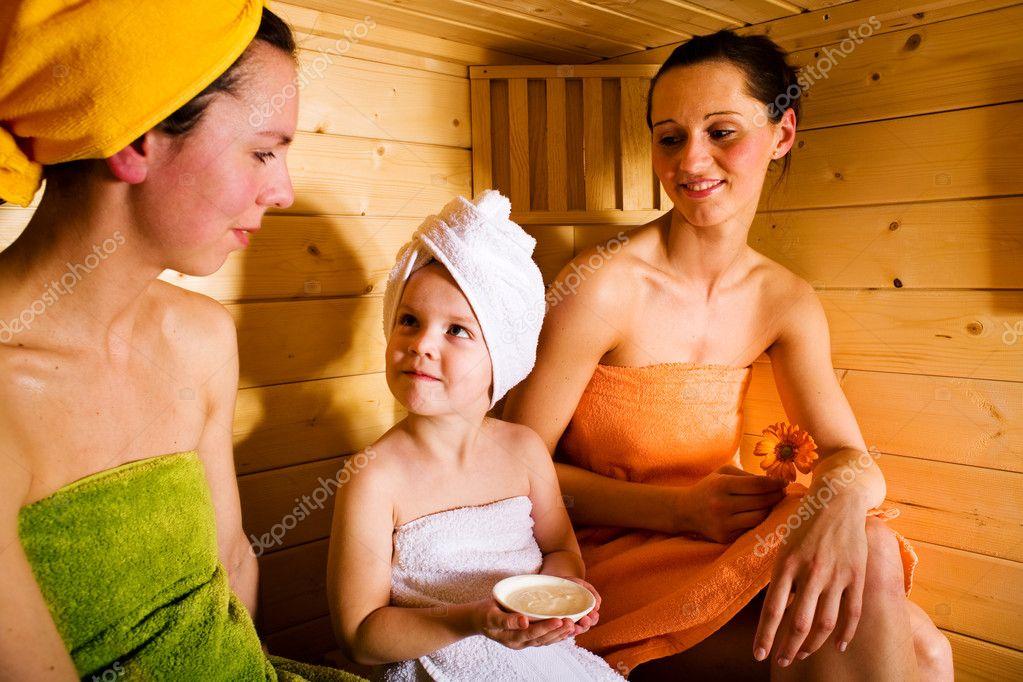 Голые девочки в бане видео бесплатно фото 635-112