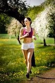 Бег трусцой женщины — Стоковое фото