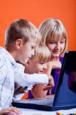 Kids surfing internet — Stock Photo