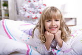 Xmas girl in bed — Foto Stock