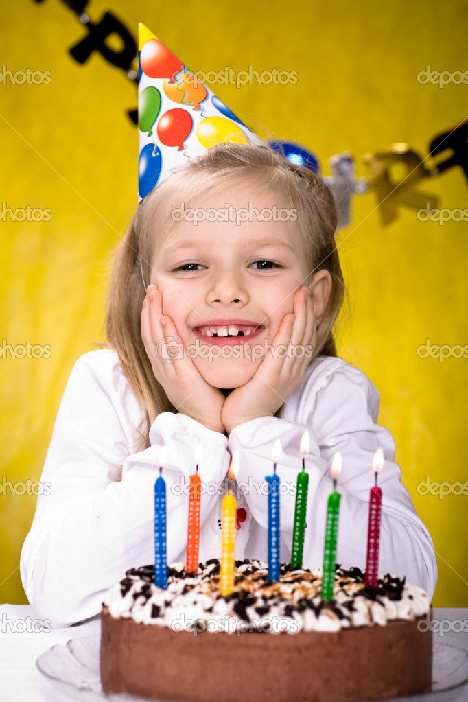 A young girl celebrating birthday — Stock Photo #6218924