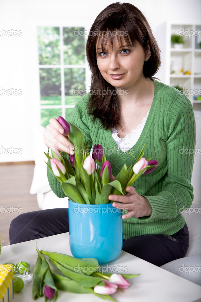 The easter installation. A young wonan with flower. — Stock Photo #6230016
