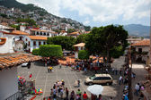 Taxco, Guerrero, Mexico - June 13, 2009: Taxco main plaza. — Stock Photo