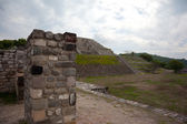 From the top of the Two Glifos Plaza in Xochicalco — Stock Photo