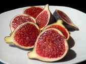 Fig halves — Stock Photo