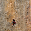 Rock-climber during rock conquest — Stock Photo #6705599