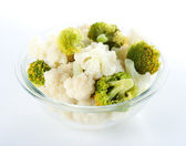 Steamed cauliflower and broccoli — Stock Photo