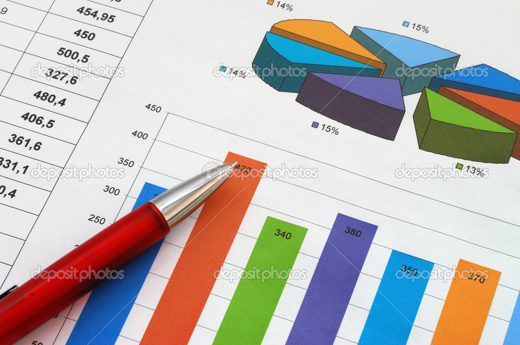 Red pen on finance report  — Stock Photo #6088754