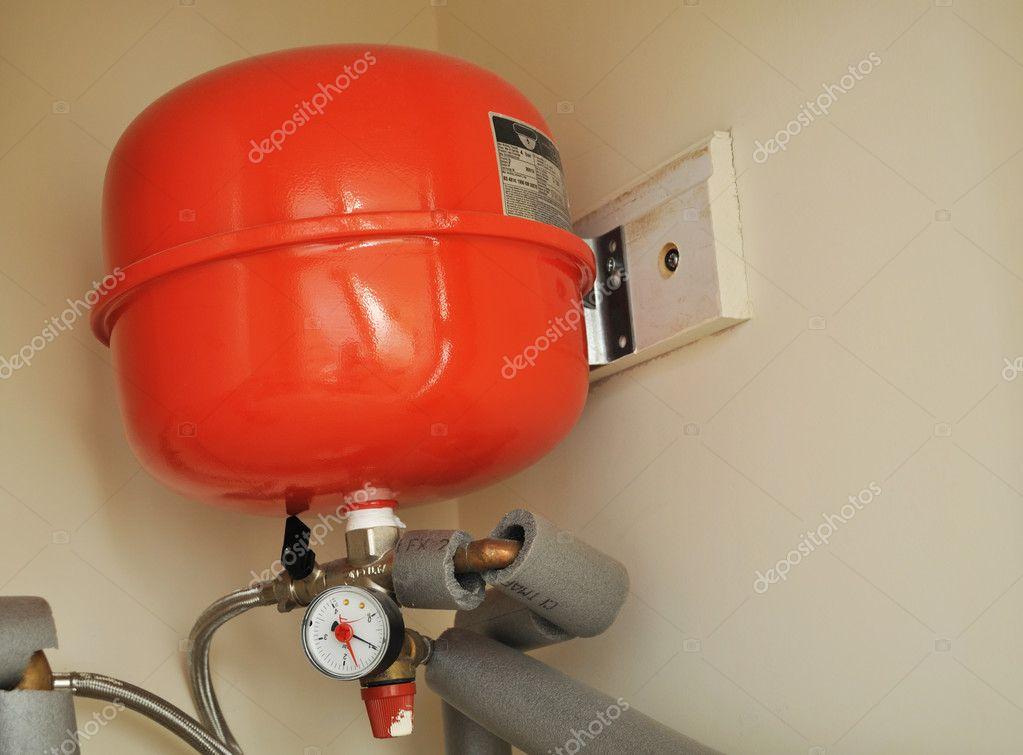 Как залить жидкость в систему отопления закрытого типа своими руками