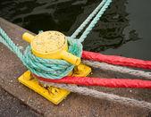 Ropes around a pole — Stock Photo
