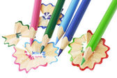 色の鉛筆との削りくず — ストック写真