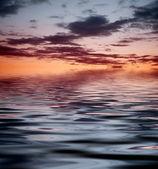 反射と日没 — ストック写真