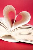 Páginas de curvado en corazón — Foto de Stock