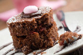 Strawberry-chocolate cake — Stock Photo