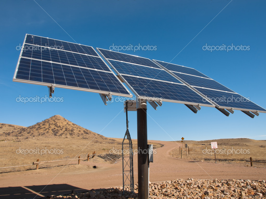 Freestanding photovoltaic installation in rural area of Colorado. — Stock Photo #6178009