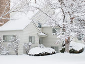 White house in snow — Stock Photo