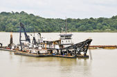 Dredge working in the Panama Canal — Стоковое фото