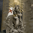 Statue at St stephens cathedral — Stock Photo