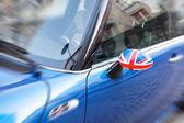 British Patriotism shown on car mirror — Stock Photo