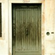 Entrance to a building in Venice, Italy, — Stock Photo