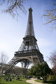 Calm sunny eiffel tower view — Stock Photo