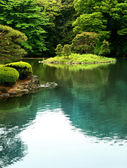 Calm zen lake — Stock Photo