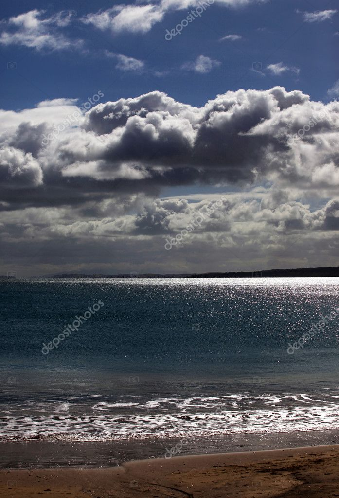 The sky above ocean before storm. New Zealand — Stock Photo #6164388