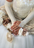 Hands of the bride — Stock Photo