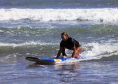 Surfer - woman — Stock Photo