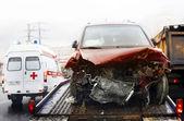 Automóvil roto — Foto de Stock