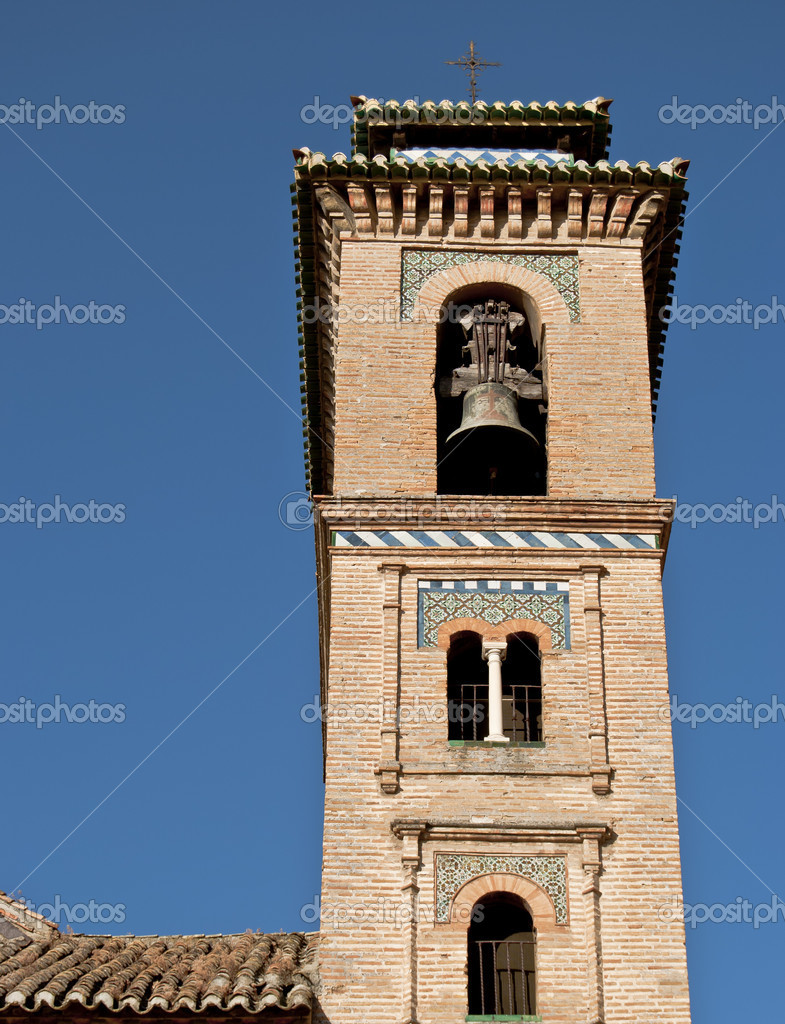 Tower of the Church of Santa Ana, Granada — Stock Photo #6166235