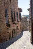 Sarnano (Macerata, Marches, Italy) - Old street — 图库照片
