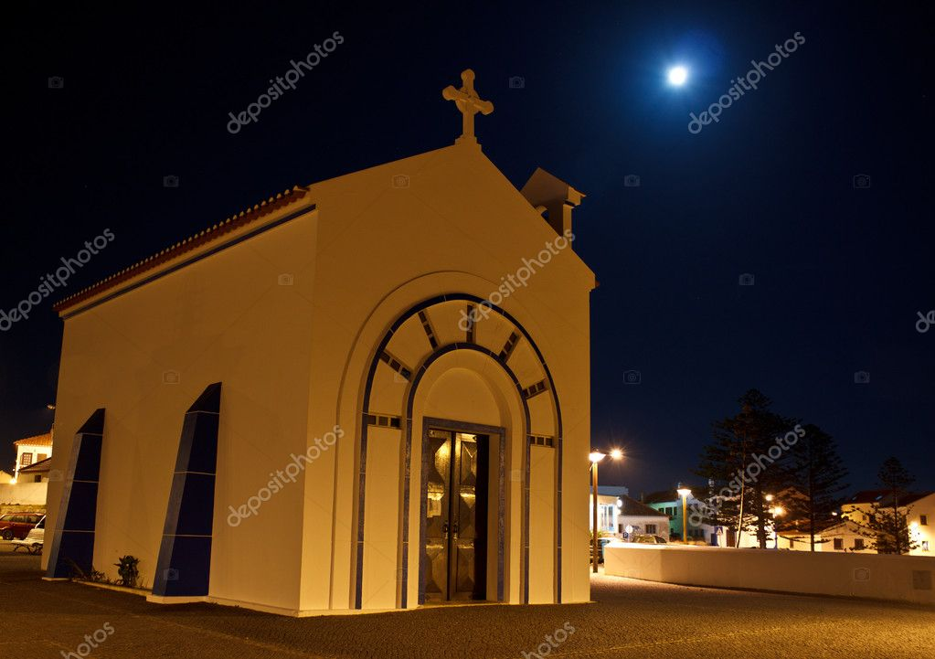 Full moon in Zambujeira church — Stock Photo #6644766