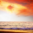 Beautiful sea nature landscape on the sunrise sky — Stock Photo