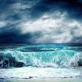 Fırtına deniz manzarası görünümünü — Stok fotoğraf