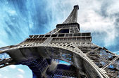 The Eiffel tower is one of the most recognizable landmarks in th — ストック写真