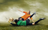 足球运动员对户外活动场的拍摄 — 图库照片