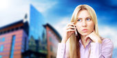 Happiness businesswoman calling by phone on the business archite — Foto Stock