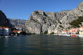 River Cetina in Croatian town Omis — Foto Stock