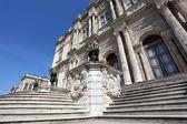 O palácio de dolmabahce em istambul, turquia — Foto Stock