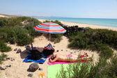 Lugar secreto en la playa de fuerteventura, españa — Foto de Stock